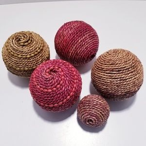 Decorative Wicker Balls with Wooden Beads